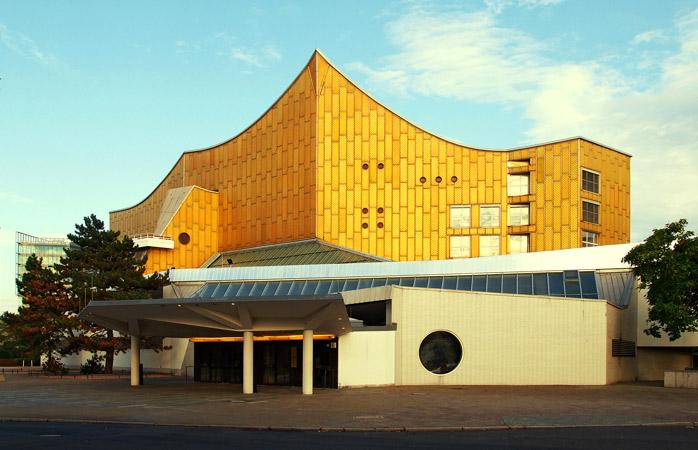 Genieß ein kostenloses Konzert in der zirkusförmigen Berliner Philharmonie