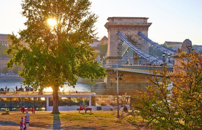 Im Herbst weicht die Hitze angenehmen Temperaturen in Budapest