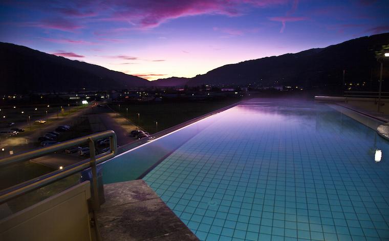 Endlose Weite: Die 8 schönsten Infinity Pools in Österreich