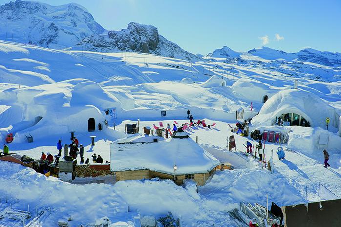 Cool Camping mit Bergpanorama