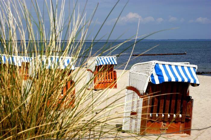 Rügen-Strand-Strandkorb-Ostsee
