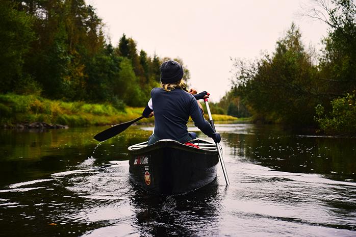 kanu-fahren-schweden-paddeln
