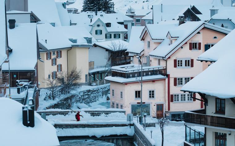 1 von 40 Skigebieten: Peak Performance kennt die Highlights von Andermatt