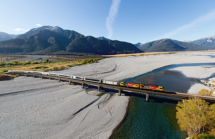 Durchquere die weltberühmte Natur Neuseelands im TranzAlpine