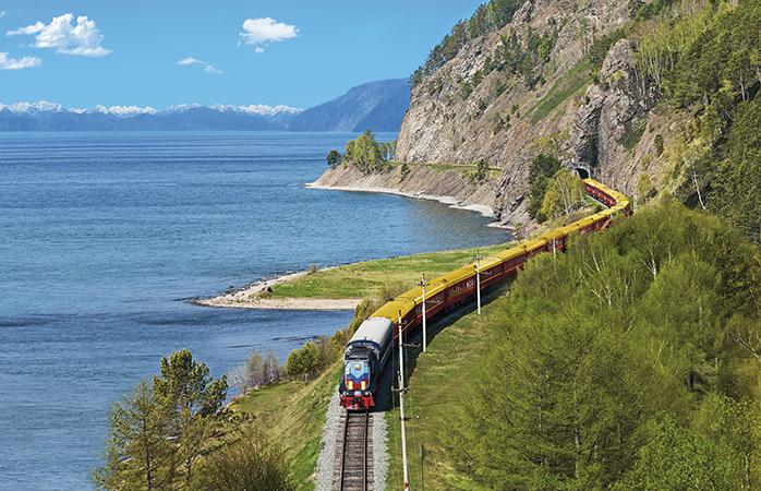 Begib dich auf eine epische Reise durch Russland in der Transsibirischen Eisenbahn