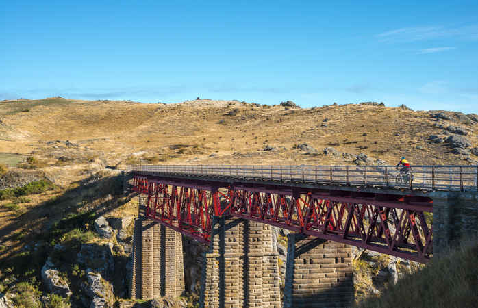 Die atemberaubende Roxburgh-Schlucht am Otago Central Rail Trail