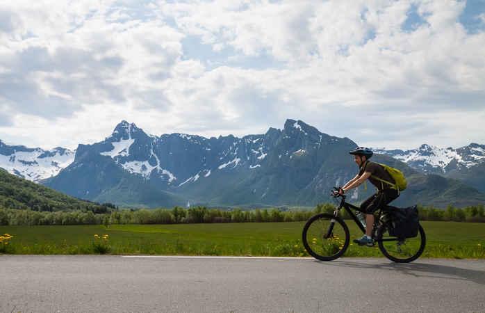 Nur du, dein Fahrrad und die friedlichen Lofoten